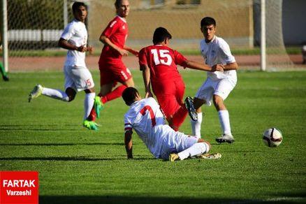 شروع لیگ آزادگان با نادرترین شرایط ممکن/ جذابترین مسابقات فوتبال ایران روی هوا!