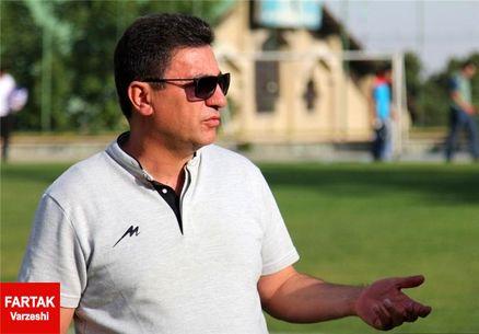 قلعهنویی: به این تیم تراکتورسازی خیلی امیدوارم/ شناسنامه فوتبال بازی نمیکند