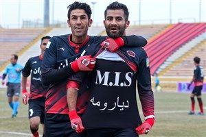 تارتار، بازیکن تازه جذب شده عنایتی را به نفت مسجدسلیمان آورد
