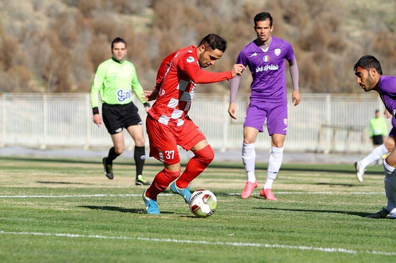 حسین فاضلی