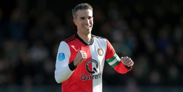 فان پرسی از دنیای فوتبال وداع کرد