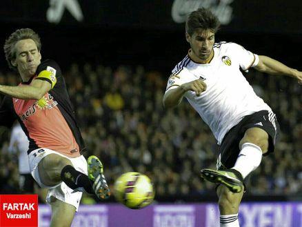 بارسلونا، برنده  رقابت با رئال بر سر در اختیار گرفتن گومز