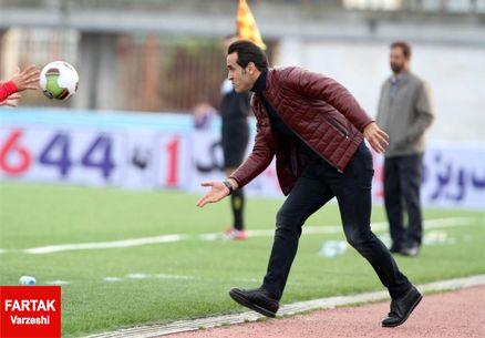 انتقاد از لباس تیم ملی به سبک علی کریمی +عکس