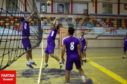 گزارش تمرین امروز خیبر/ والیبال به جای فوتبال برای تنوع!