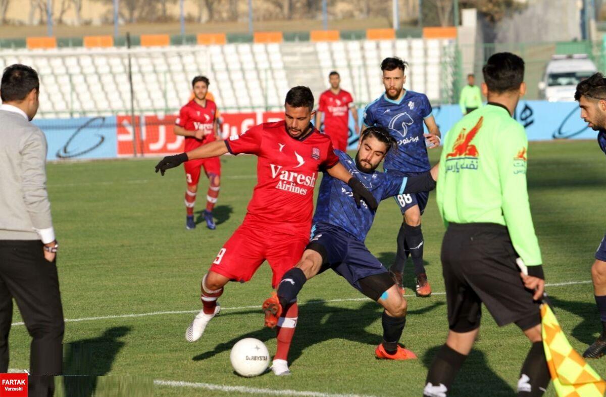 شکایت رسمی باشگاه نساجی از داور دیدار تیمش مقابل پیکان