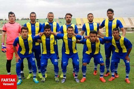 شهرداری ماهشهر با پیروزی در دربی به صدر رسید/ نفت امیدیه در بحران!