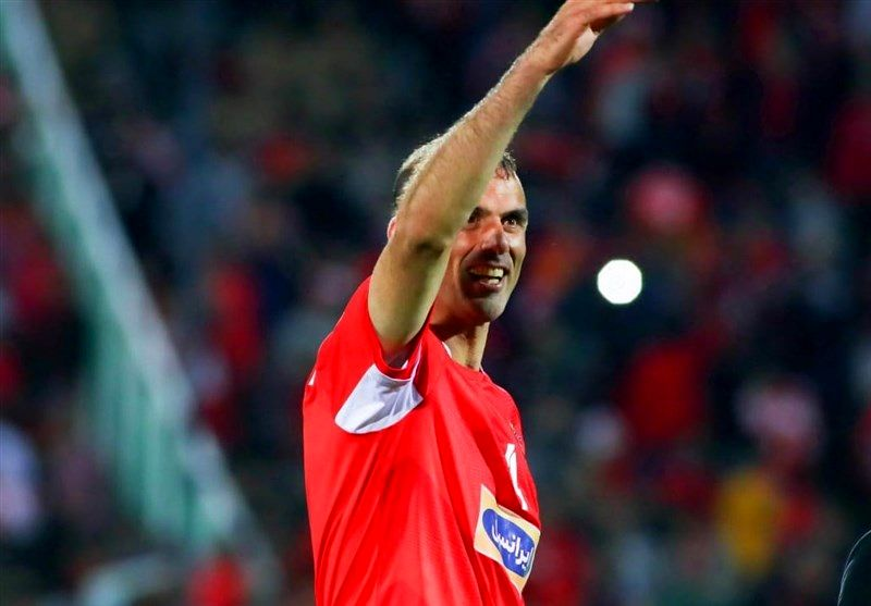 سیدجلال حسینی تکلیف خداحافظی خود را از دنیای فوتبال مشخص کرد!