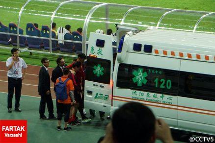 ملی پوش پرسپولیس، دروازهبان چین را به بیمارستان فرستاد
