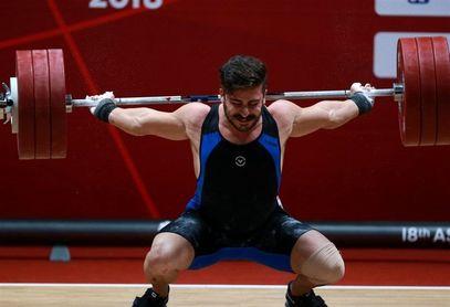 کیانوش رستمی: کمک کنید در المپیک باشم رکورد میزنم + فیلم