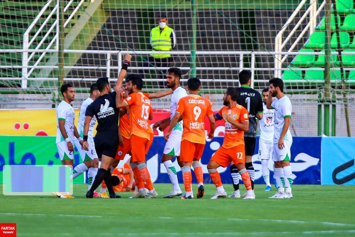 باشگاه ذوب آهن به نحوه داوری فوتبال در دیدار با سایپا اعتراض کرد