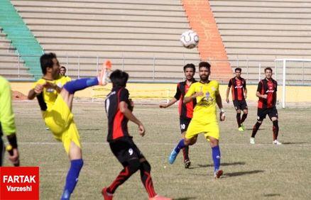 اولین دربی لیگ دو در شیراز/ وحید وجلیل به دنبال فوتبال زیبا