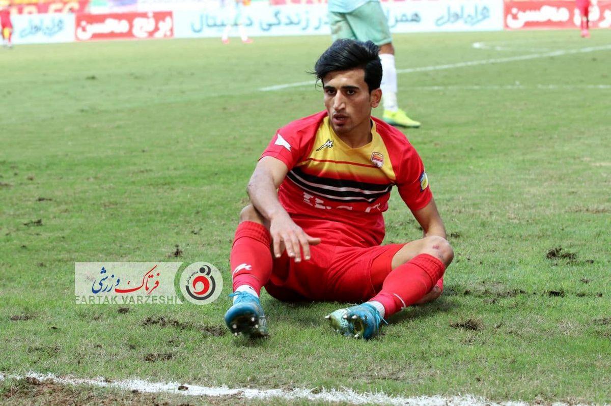 فرشاد احمدزاده تنها محروم فولاد مقابل تیم فوتبال سپاهان