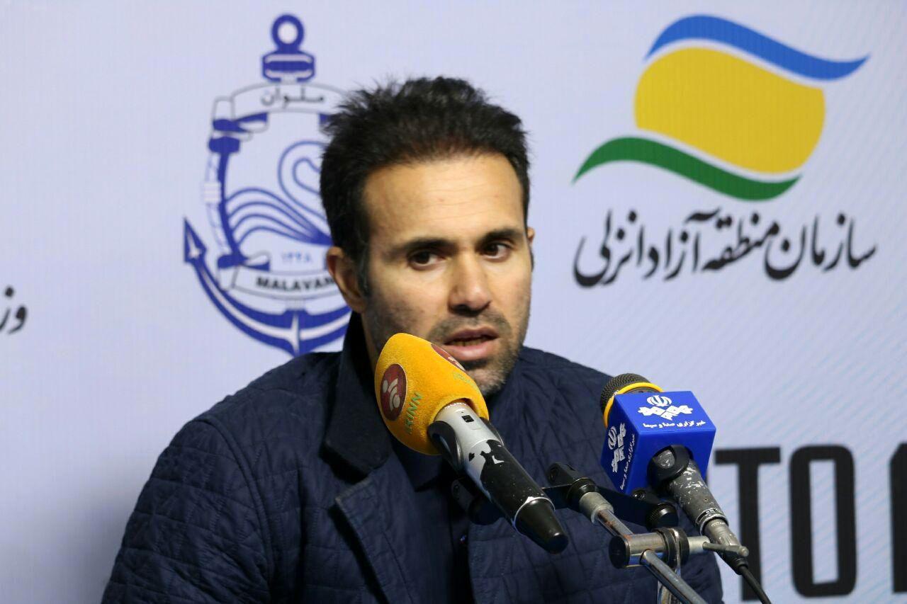 نصرتی :  استفاده از بازیکنان جوانان تاوان دارد/ما مدعی صعود هستیم