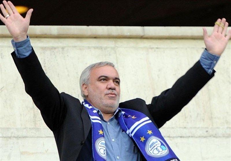 باشگاه استقلال در حال مذاکره با یک هافبک خارجی است