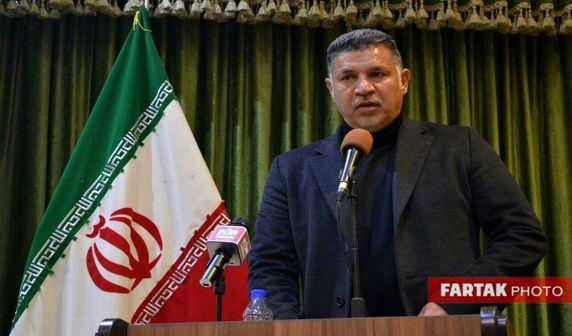 علی دایی: مردم ترکمن صحرا را تنها نمیگذارم