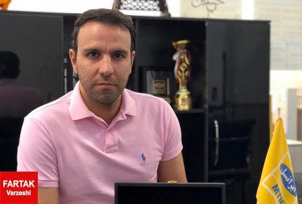 محسن خلیلی: هواداران پرسپولیس اسیر مسائل حاشیهای نشوند