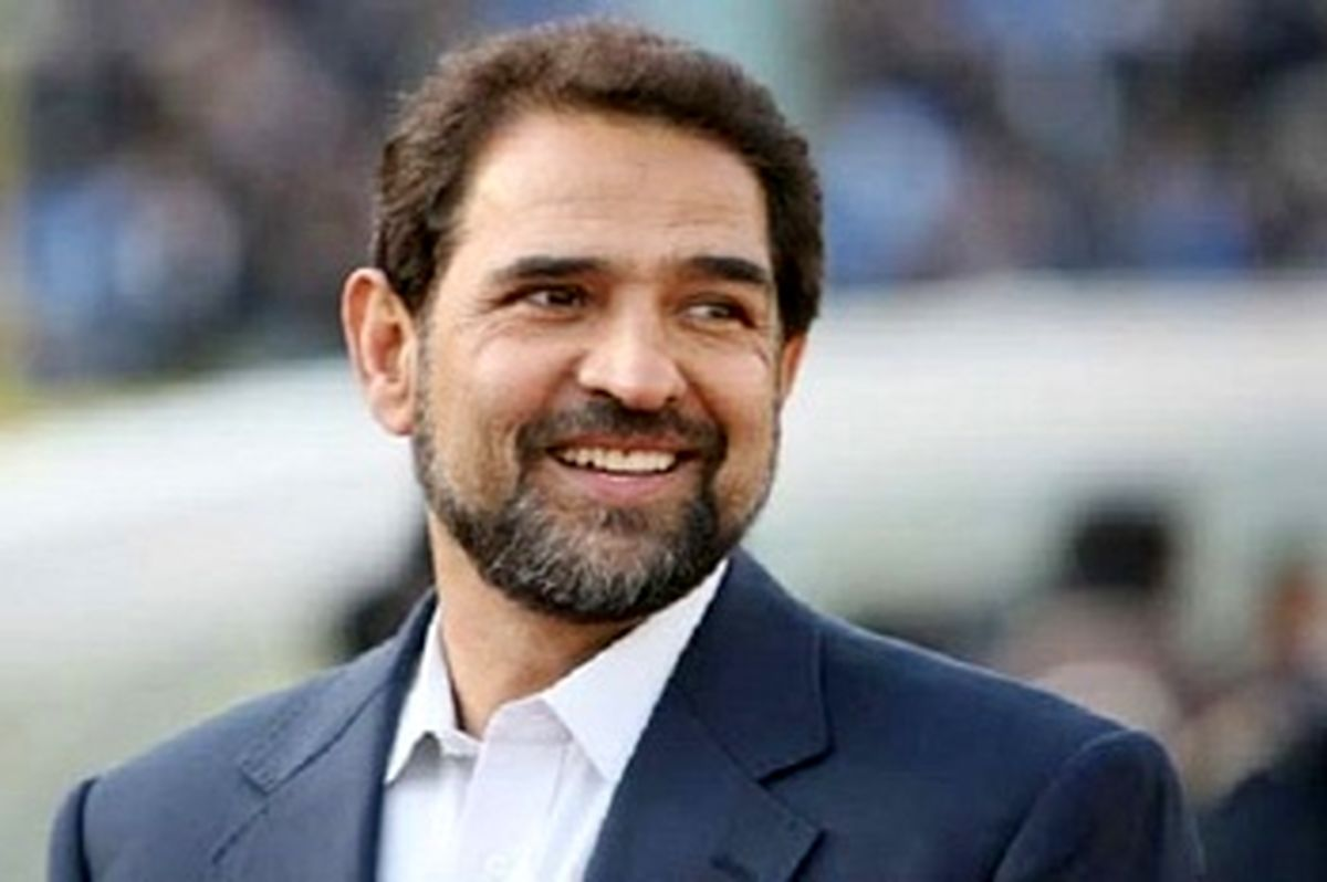 حمایت تمام قد پیشکسوت پرافتخار استقلال از فرهاد مجیدی : او بسیار باهوش است
