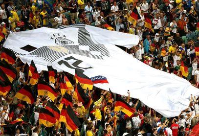 تصاویری بسیار دیدنی از پیروزی دقایق پایانی آلمان مقابل سوئد