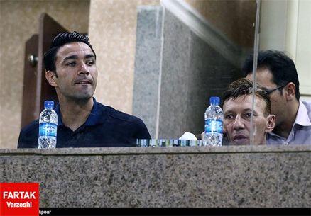 جواد نکونام از فوتبال خداحافظی کرد