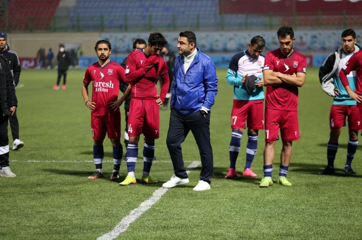 دادگاه بازیکنان نساجی در ورزشگاه وطنی