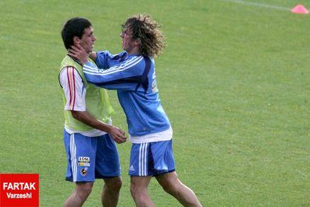 تصاویری از عجیبترین درگیریهای بازیکنان در زمین فوتبال