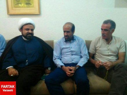 دیدار نماینده مردم بوشهر با مربی شاهین
