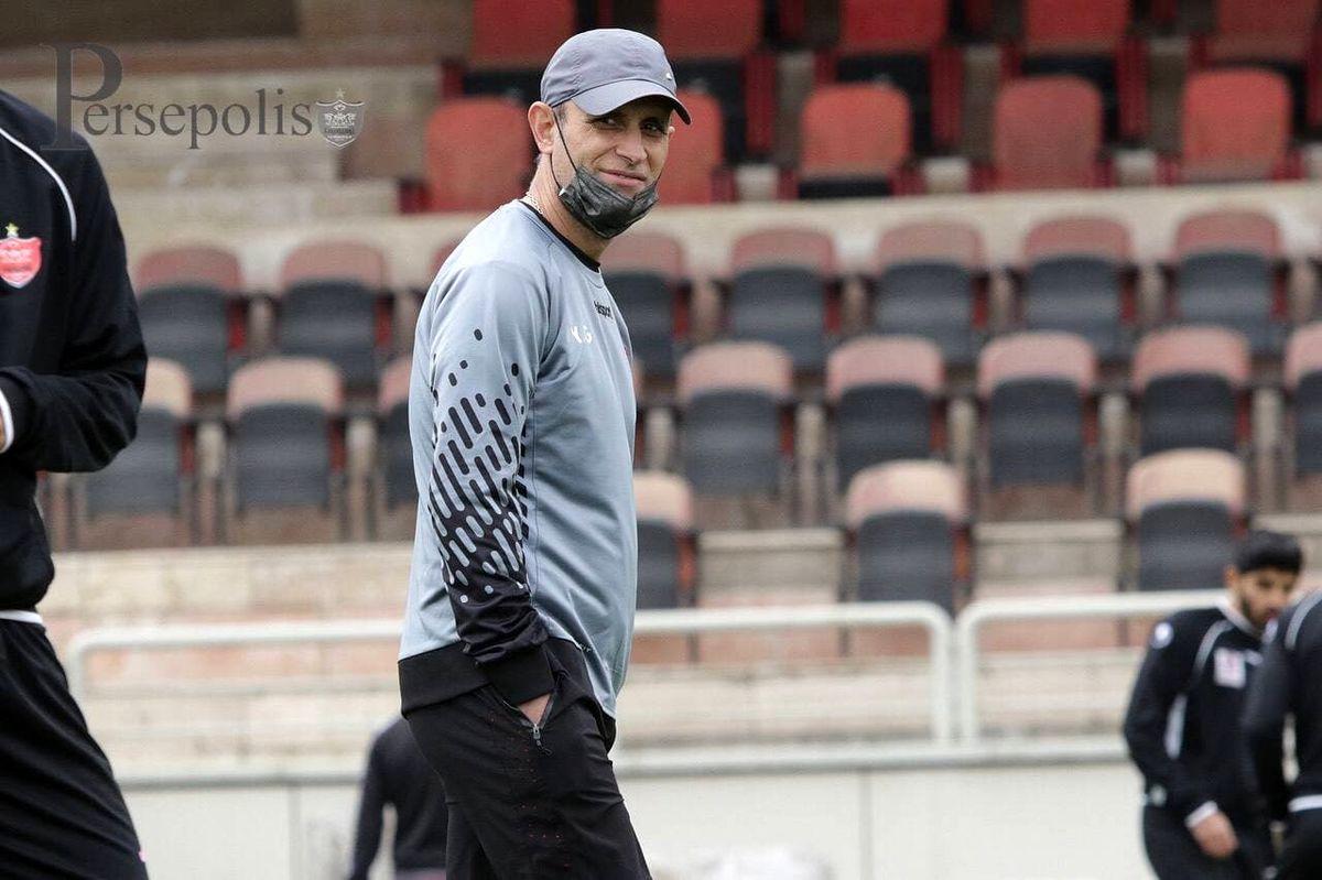 گلمحمدی: بازیکنان ما مرد روزهای سخت هستند